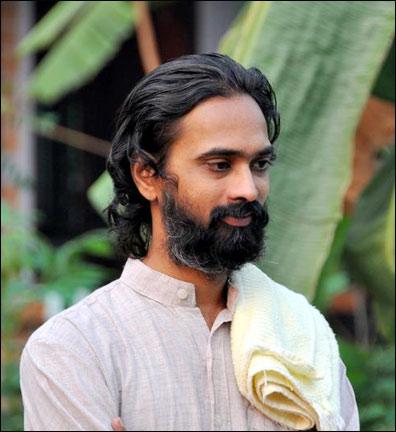 Best Yoga Teachers In India Swamis Monk Ashram Teachers